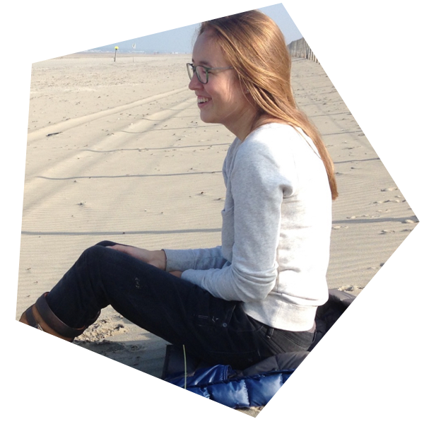 Photo of Willemijn at the beach